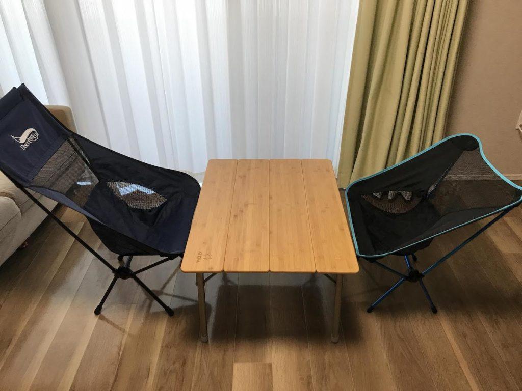 ロースタイル テーブルとイス